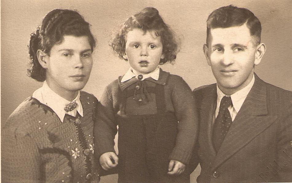 Hedwig, Dieter und Jakob Gerber (April 1942)